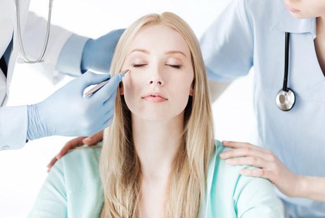 Прием челюстно-лицевого хирурга