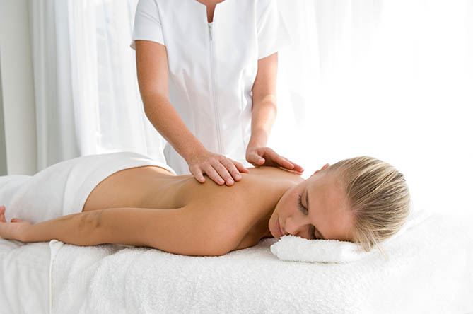 массаж в центре Лико-Мед